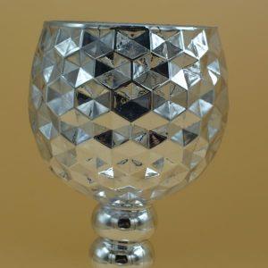 Strieborný sklenený svietnik na stopke