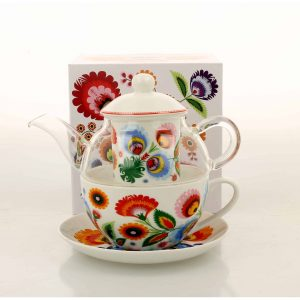 Čajník so šálkou a miskou folklór